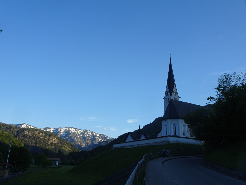 Widok wsi Kreuth, kościoła oraz domu, w której mieszkaliśmy